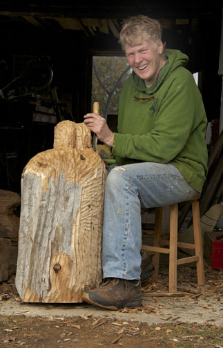 Portrait of Elisabeth Skelly carving